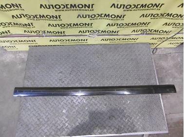 Front right door molding 8D0853954B - Audi A4 B5 8D 2000 Avant 1.9 Tdi 85 kW AJM DUK