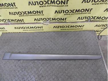 Rear left door molding 8200036022 8200036022G - Renault Laguna II 2003 Grandtour 1.9 dCi F9Q 88 kW