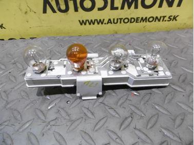 Rear right bulb holder 1U6945258 - Skoda Octavia 1 1U 2002 Limousine Elegance 1.9 Tdi 81 kW ASV EGS