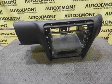 Middle panel 1U1858089 - Skoda Octavia 1 1U 2002 Limousine Elegance 1.9 Tdi 81 kW ASV EGS