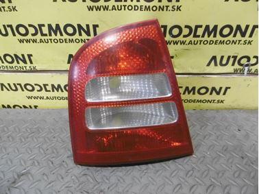 Left tail light 1U6945095 1U6945111 - Skoda Octavia 1 1U 2002 Limousine Elegance 1.9 Tdi 81 kW ASV EGS