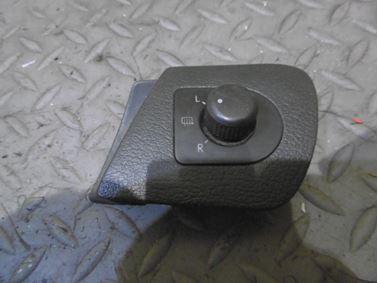 Mirror switch 1U1959565L - Skoda Octavia 1 1U 2002 Limousine Elegance 1.9 Tdi 81 kW ASV EGS