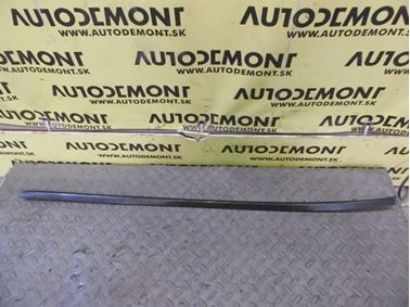 Right windshield trim 1U0854328B 1U0854328A - Skoda Octavia 1 1U 2002 Limousine Elegance 1.9 Tdi 81 kW ASV EGS