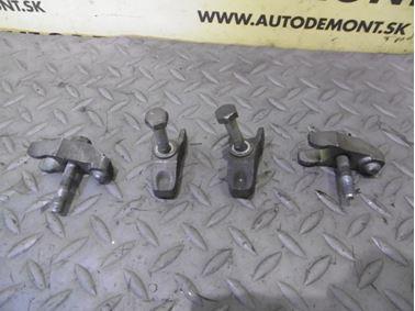 Fuel injector holder 028130206 - Skoda Octavia 1 1U 2002 Limousine Elegance 1.9 Tdi 81 kW ASV EGS